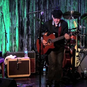 """Phil Keaggy - """"Salvation Army Band"""" (On The Ph'lip Side) - YouTube"""